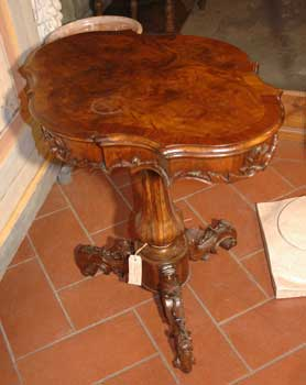 Small table, walnut, end of XIX century