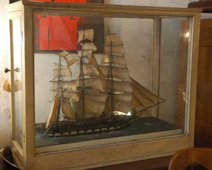 Antique case with ship, XIX century