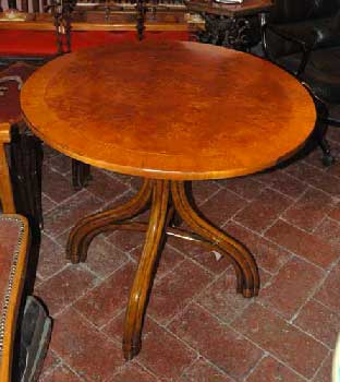 table thonet